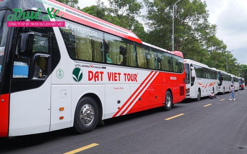 Đất Việt Tour chuyên cung cấp dịch vụ cho thuê xe với các dòng xe đời mới từ 4 chỗ, 7 chỗ, 16 chỗ, 29 chỗ, 45 chỗ, …